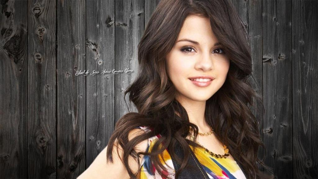 Певица Селена