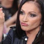 Убежавшая Ротару из России решила выступить перед российскими зрителями